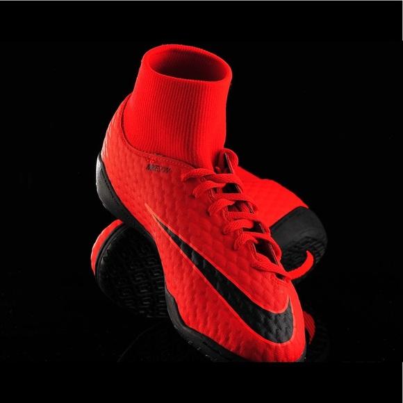 factory authentic c8eaf 33db8 Nike HypervenomX Phelon 3 DF IC Sz 9.5 Soccer NWT